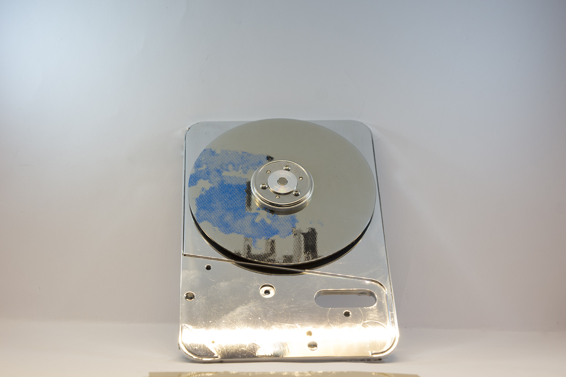 Art made of Hard drive parts - modern and contemporary